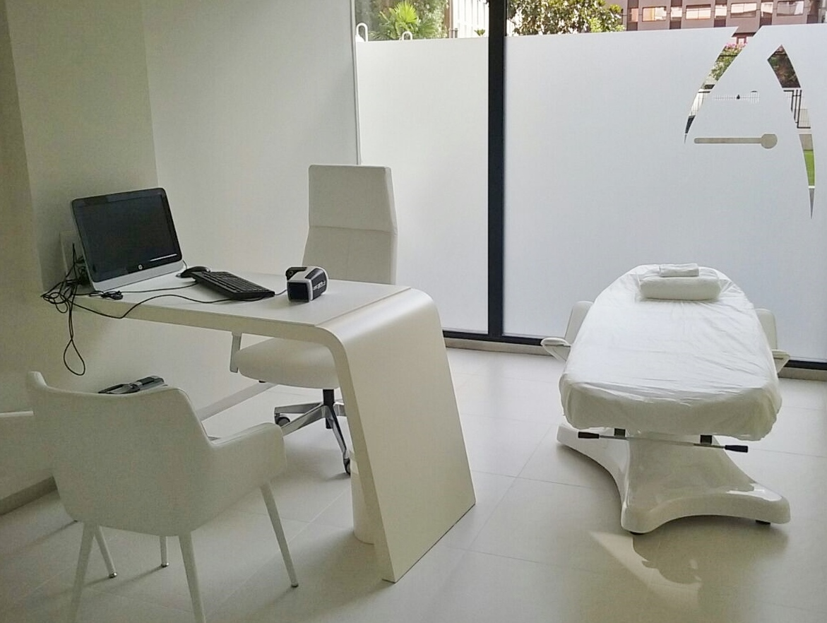 Skin_Genomic_Center_Barcelona_Mobiliario
